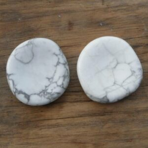 Howlite Thumb Stone front