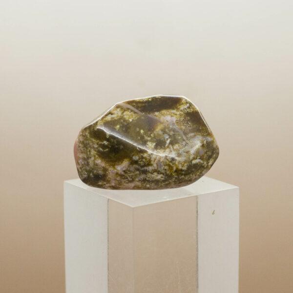 Bustamite Tumbled stone back 2