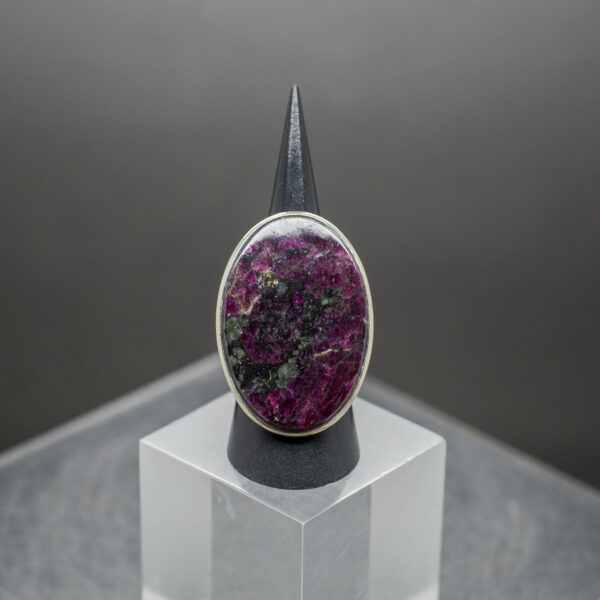 Eudialyte ring side 4