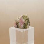 Bustamite tumbled stone side 7