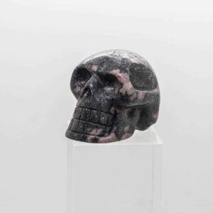 Spinel in Mica Skull (7)