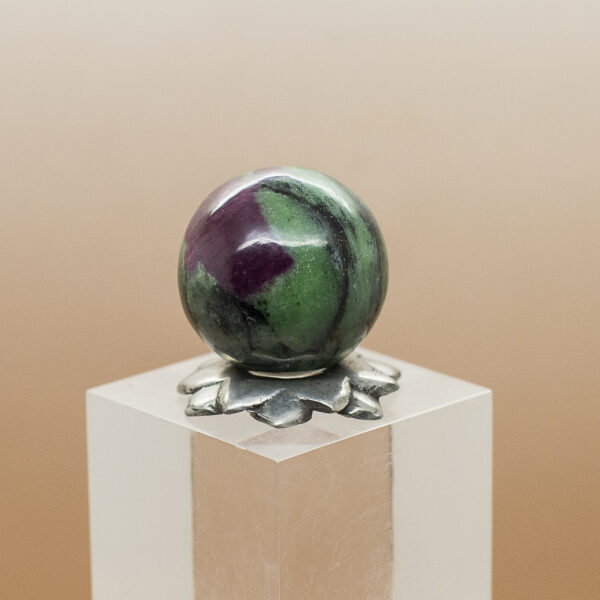 ruby andd zoisite sphere (1)