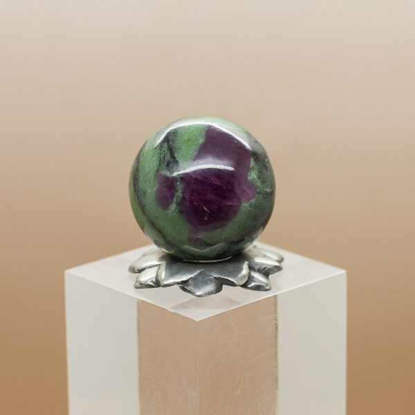 ruby andd zoisite sphere (6)