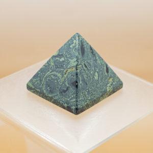 Kambarba Jasper Pyramid (1)