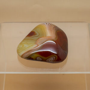 banded agate hand stone (1)