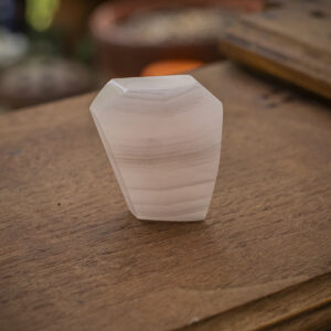 Mangano Calcite Free Form (1)