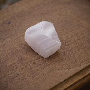 Mangano Calcite Free Form (2)