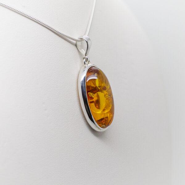 amber pendant (2)