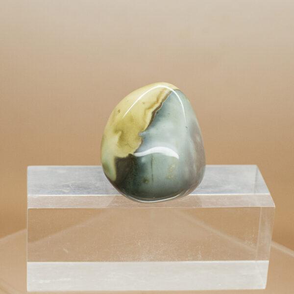 polychrome jasper hand stone (4)