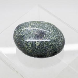 kambaba jasper hand stone (1)